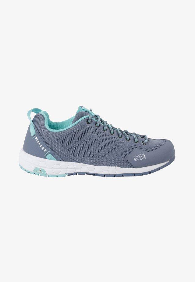 AMURI KNIT - Walking boots - gris