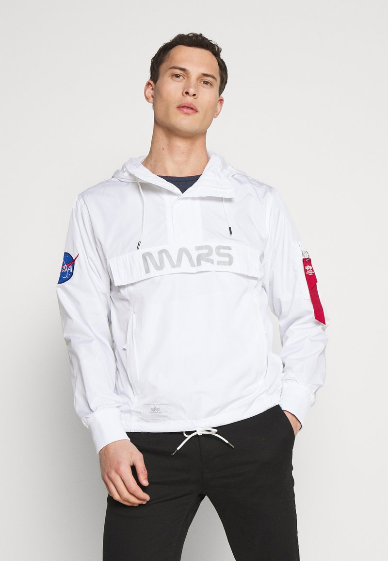 Alpha Industries - Vindjacka - white