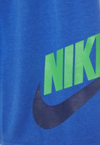 Nike Sportswear - CLUB - Shorts - pacific blue/green spark - 3