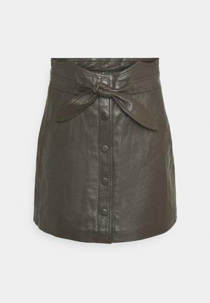 YASRURA SKIRT - Áčková sukně - black olive