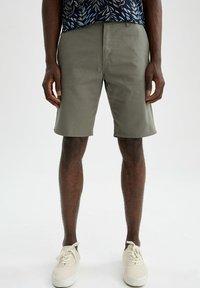 DeFacto - Shorts - khaki - 0