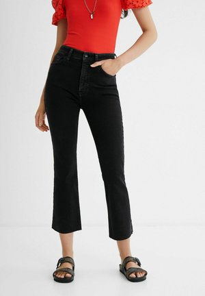 GRAZER - Flared Jeans - black
