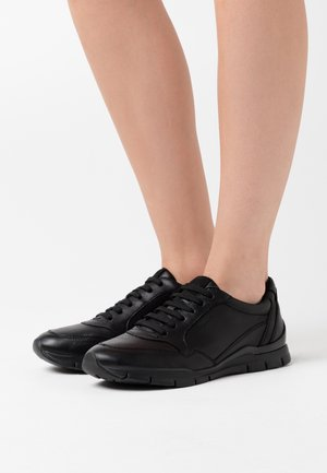 SUKIE - Trainers - black