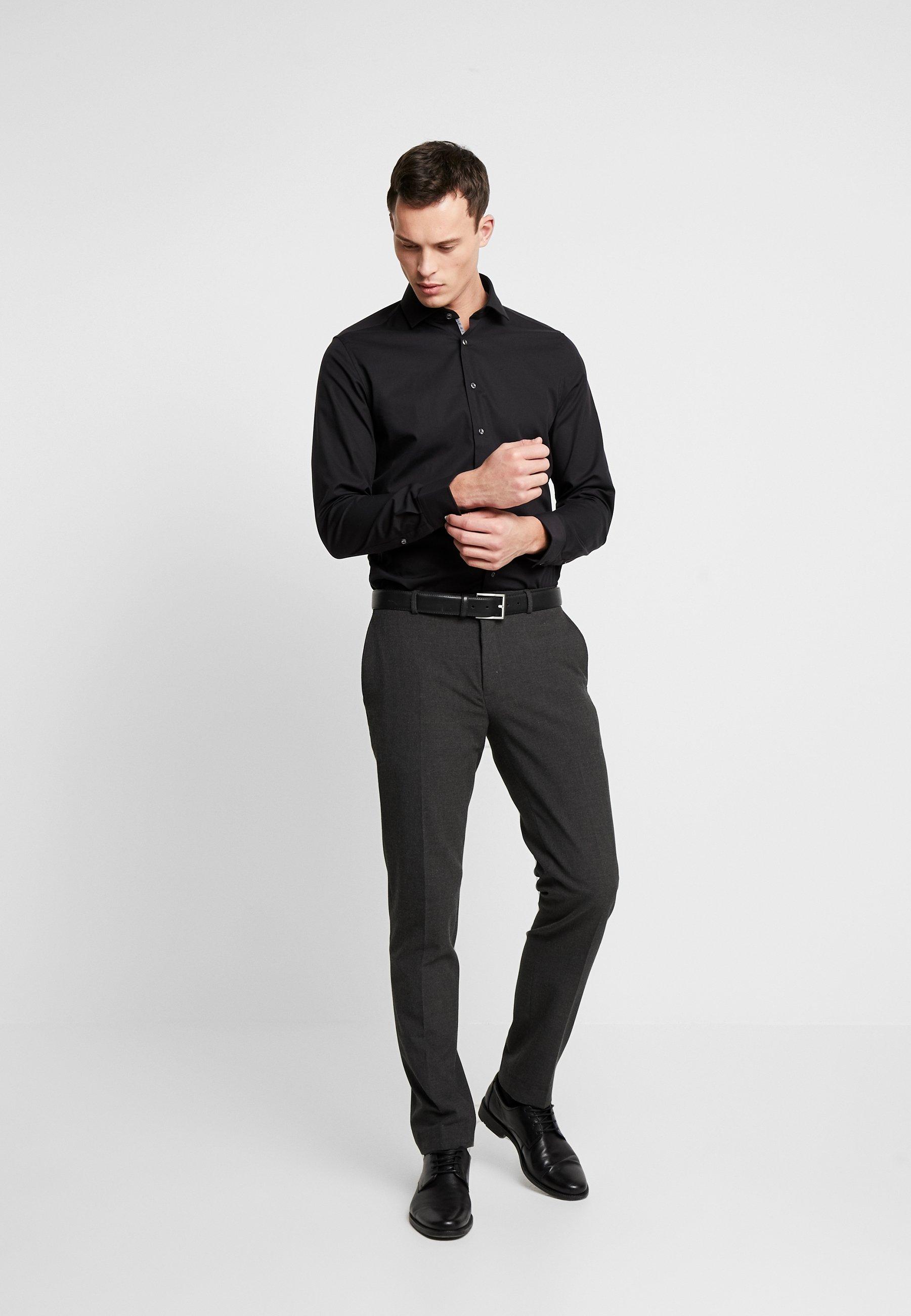 Men SLIM FIT SPREAD KENT PATCH - Formal shirt