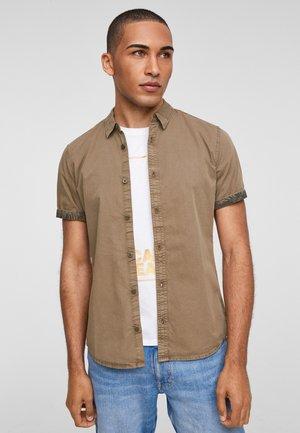 EXTRA SLIM FIT:  - Overhemd - brown