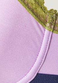 Dora Larsen - UNDERWIRE BRA - Underwired bra - light pastel purple - 2
