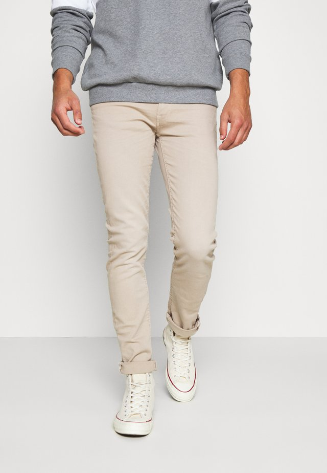 SLIM FIT - Chinosy - beige