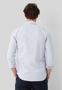 Scalpers - Shirt - skyblue stripes - 1