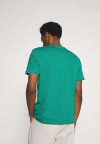 TOM TAILOR - Print T-shirt - new porcelain green - 2