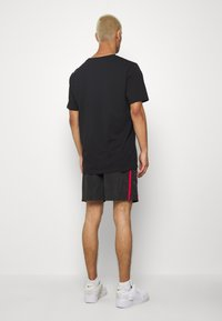 Glorious Gangsta - HARLAN SWIMSHORTS - Shorts - black - 2