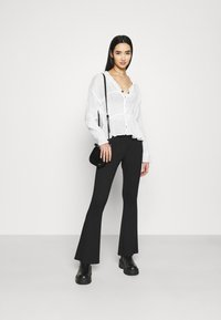 Nly by Nelly - ROMANTIC CHI BLOUSE - Bluser - white - 1