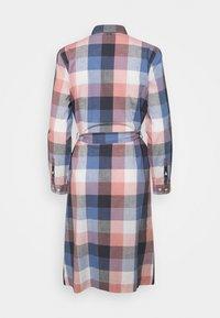Barbour - TERN CHECK DRESS - Sukienka koszulowa - oyster pink - 8