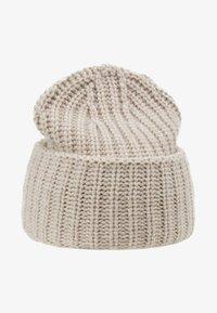 Filippa K - CORINNE HAT - Beanie - powder - 3