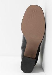 Topshop Wide Fit - WIDE FIT EDDIE PLATFORM BOOT - High heeled ankle boots - black - 6