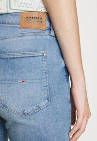 Tommy Jeans - SYLVIA - Jeans Skinny Fit - denim light - 5