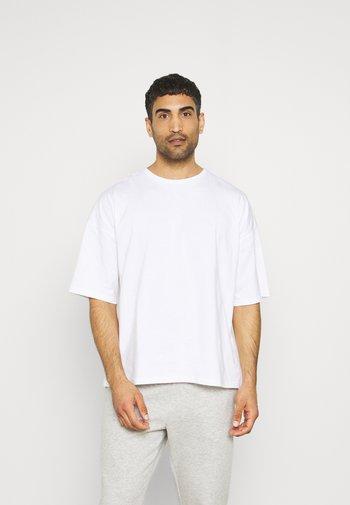 OVERSIZED CREW NECK - T-shirt - bas - white