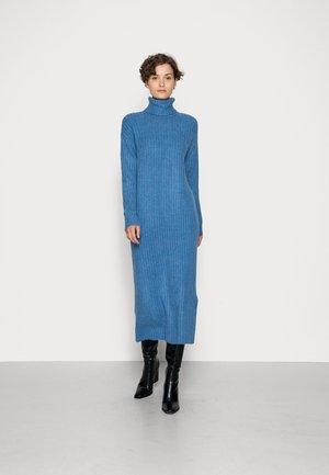PCSILLA MIDI DRESS - Jumper dress - boy blue