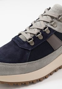 GARMENT PROJECT - SKY - Sneakers - light grey/navy - 5