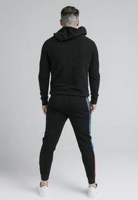 SIKSILK - OVERHEAD LOOP BACK FADE HOODIE - Sweatshirt - black/tri neon - 2
