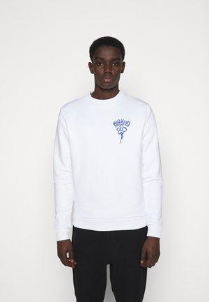 CLOSER CREW - Sweatshirt - white