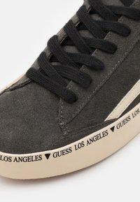 Guess - LODI - Sneakers basse - grey - 5