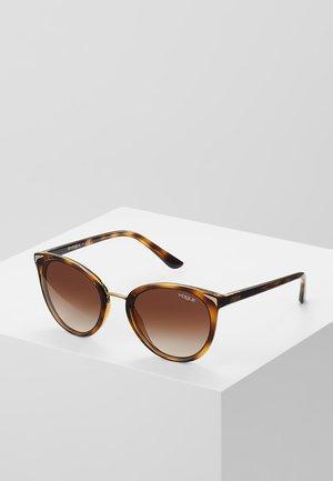 Sluneční brýle - brown