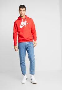 Nike Sportswear - Felpa con cappuccio - university red/ white - 1