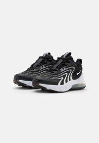 Nike Sportswear - AIR MAX 270 REACT UNISEX - Tenisky - black/white/dark smoke grey/wolf grey - 1