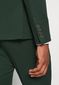 Isaac Dewhirst - THE FASHION SUIT  - Kostym - green - 12