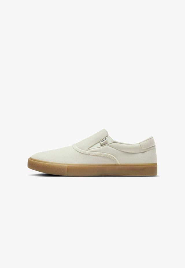 ZOOM VERONA - Sneakersy niskie - summit white/gum light brown/summit white