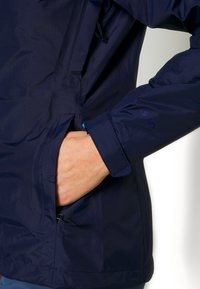 Patagonia - TORRENTSHELL - Giacca hard shell - classic navy - 5