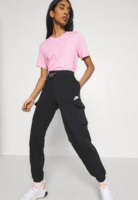 Nike Sportswear - PANT - Trainingsbroek - black/black/white - 3
