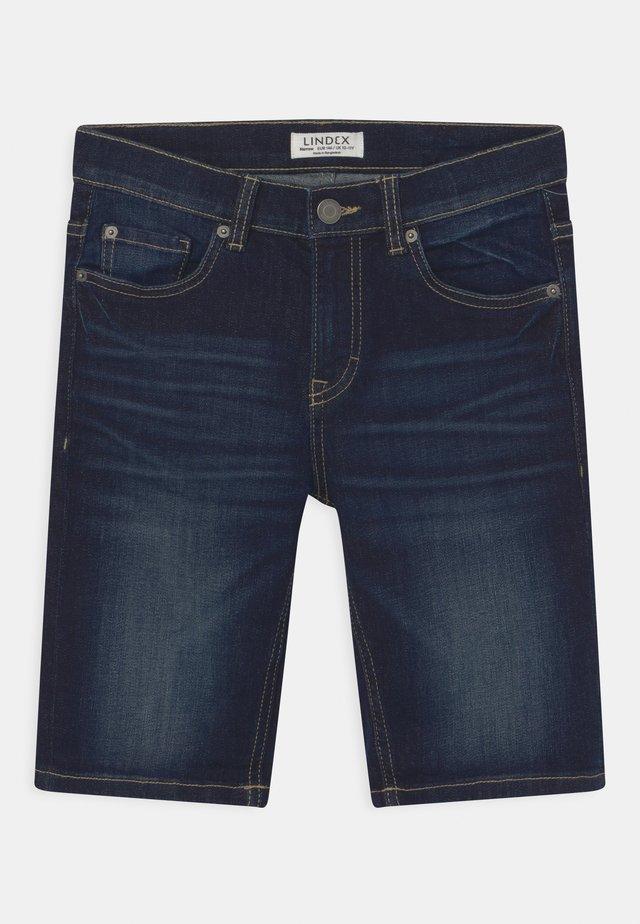 TOM NARROW - Short en jean - dark denim