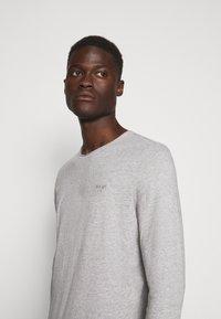 JOOP! Jeans - CHARLES - Long sleeved top - silver - 3