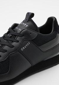 Cruyff - COSMO - Trainers - black - 5