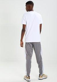 Ellesse - CANALETTO - T-shirt imprimé - optic white - 2