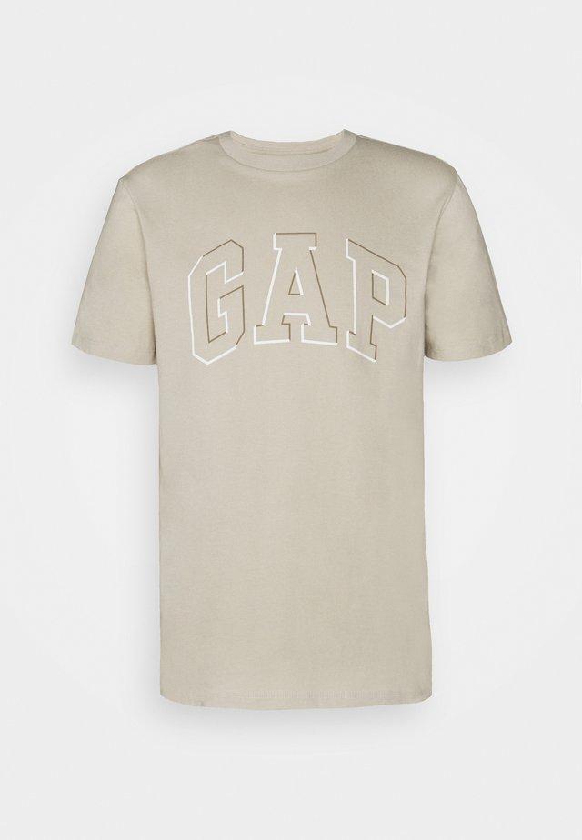 RAISED ARCH - Print T-shirt - oat beige