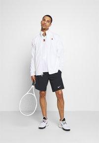 Nike Performance - Print T-shirt - white/gorge green - 1