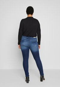 ONLY Carmakoma - CARCARMA  - Jeans Skinny Fit - medium blue denim - 2