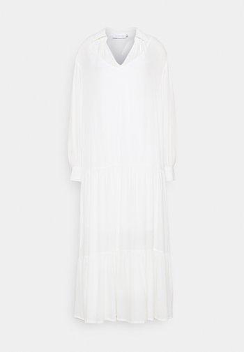 LNOTTOLINE DRESS - Maxi dress - snow white