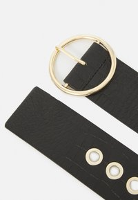 Pieces - PCFIWA WAIST BELT - Waist belt - black/gold-coloured - 1