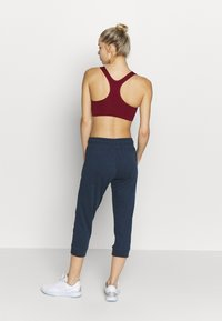 Cotton On Body - CROPPED GYM TRACKPANT - 3/4 sports trousers - dark blue - 2