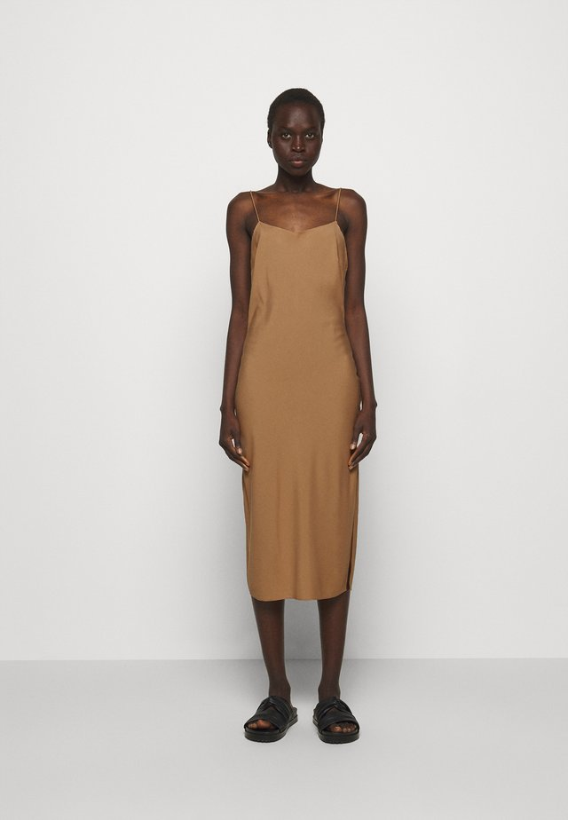 VALERIE STRAP DRESS - Vestito elegante - camel