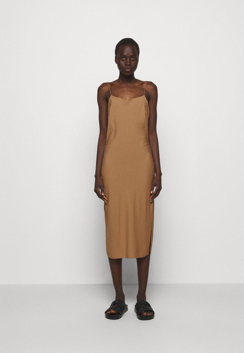 DESIGNERS REMIX - VALERIE STRAP DRESS - Cocktail dress / Party dress - camel