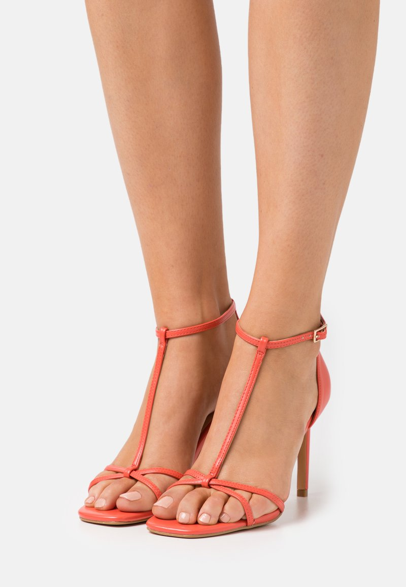 ONLY SHOES - ONLALYX T-BAR - Sandales - coral