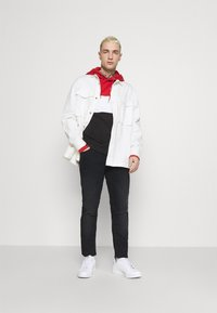 Blend - TWISTER  - Slim fit jeans - denim black - 1