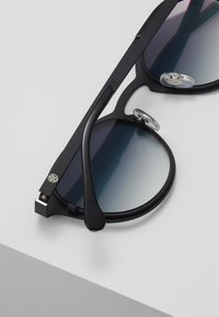 Komono - HOLLIS - Sunglasses - black