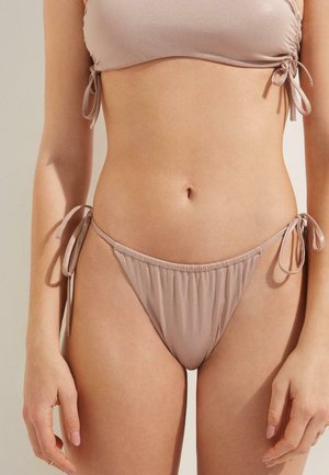 Bikini pezzo sotto -  chic sand