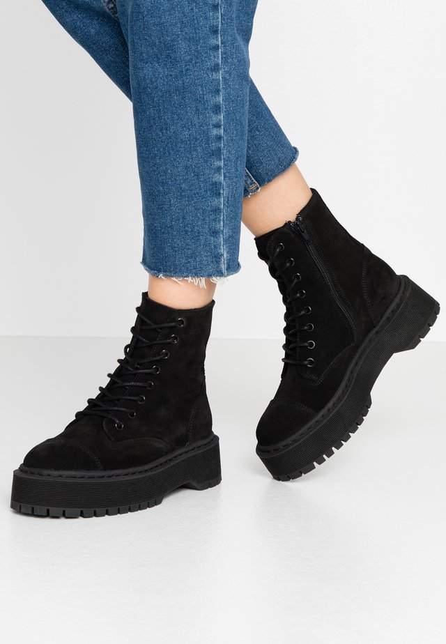 VMPATH BOOT - Platåstøvletter - black