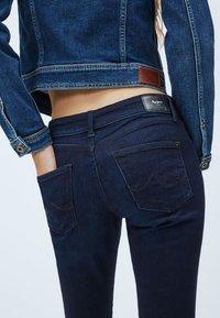 Pepe Jeans - PIXIE - Slim fit jeans - blue denim - 4